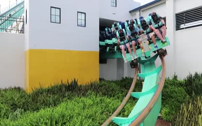 Our First Look At Kraken Unleashed VR Coaster _ Full On Ride POV, Queue Tour & Ride Reviews!